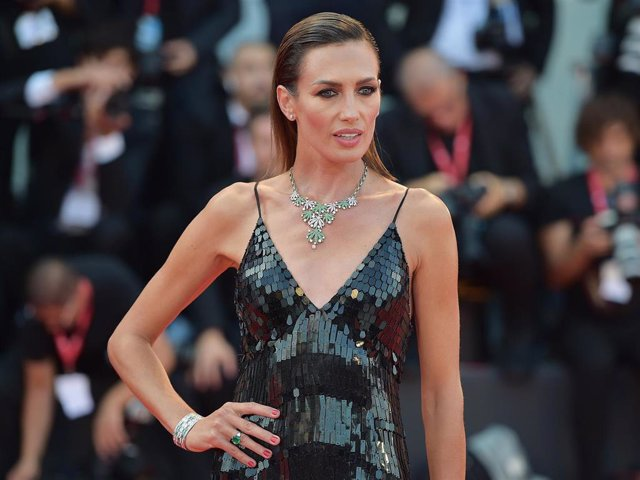 """Nieves Alvarez walks the red carpet ahead of the """"Joker"""" screening during the 76th Venice Film Festival at Sala Grande on August 31, 2019 in Venice, Italy."""