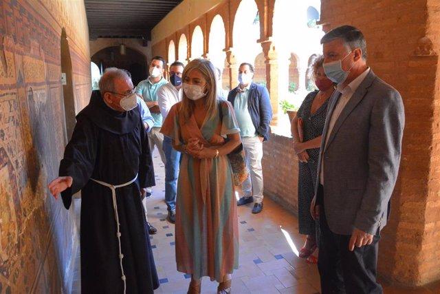 Patricia del Pozo visita el monasterio de La Rábida