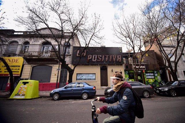 Cierre de comercios por el coronavirus en Buenos Aires, Argentina
