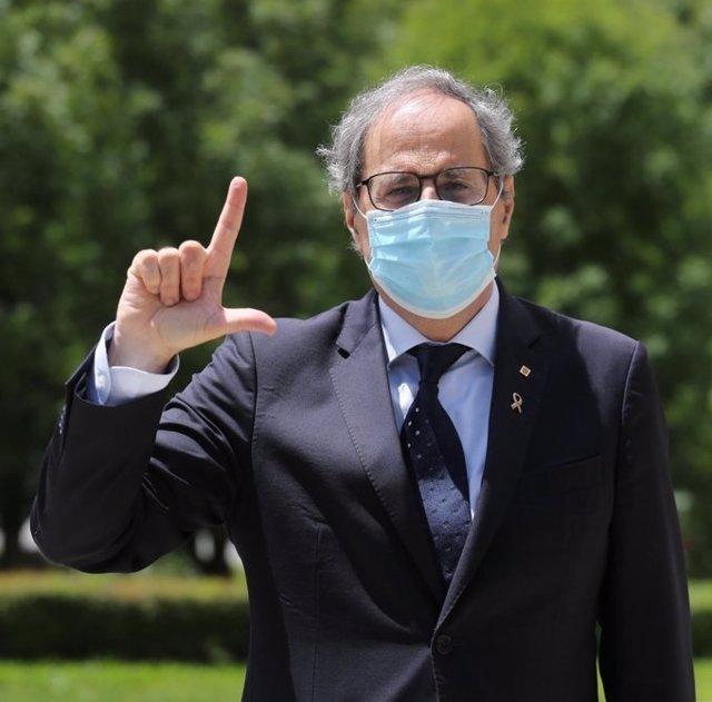 El presidente de la Generalitat, Quim Torra, participa en la campaña 'Fes un gest per l'ELA' en el Día Mundial de la Esclerosis Lateral Amiotrófica (ELA).