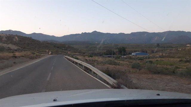 Imagen de la Sierra de Cabrera, en Almería, afectada por un incendio forestal a primera hora de este lunes 22 de junio