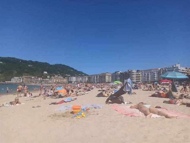 Playa de La Zurriola en San Sebastián.
