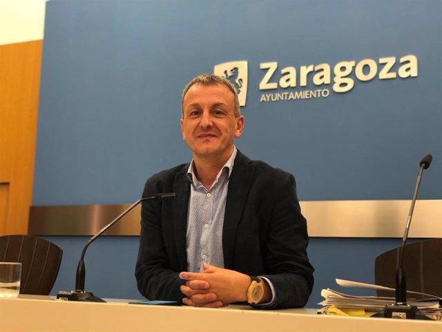 El portavoz del grupo municipal de Podemos-Equo, Fernando Rivarés.