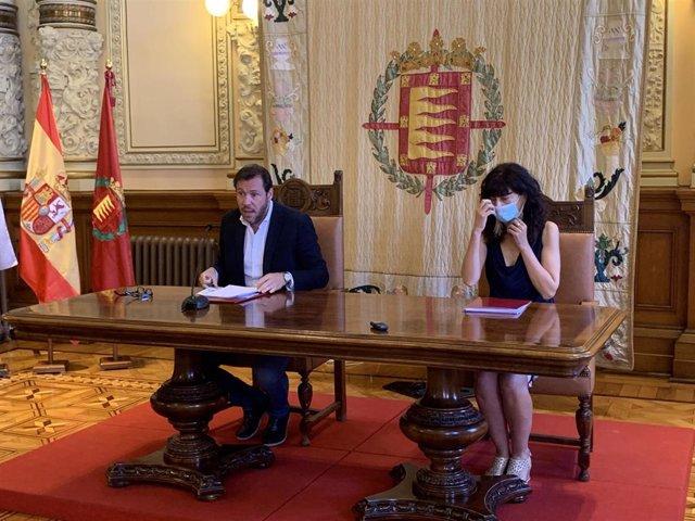 Rueda de prensa del alcalde de Valladolid y la concejal de Cultura y Turismo para valorar las medidas de la Junta de Castilla y León para la 'nueva normalidad'.