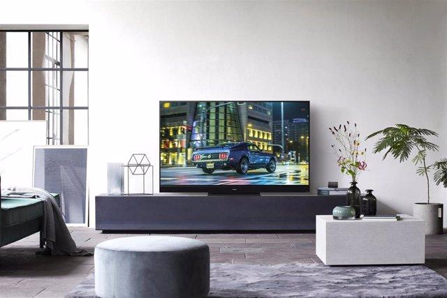 Televisor OLED HZ2000 de Panasonic.