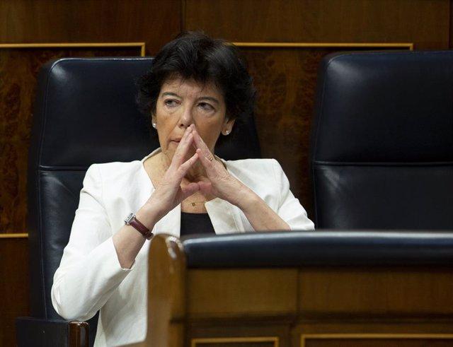 La ministra d'Educació, Isabel Celaá, al Congrés, Madrid (Espanya), 17 de juny del 2020.