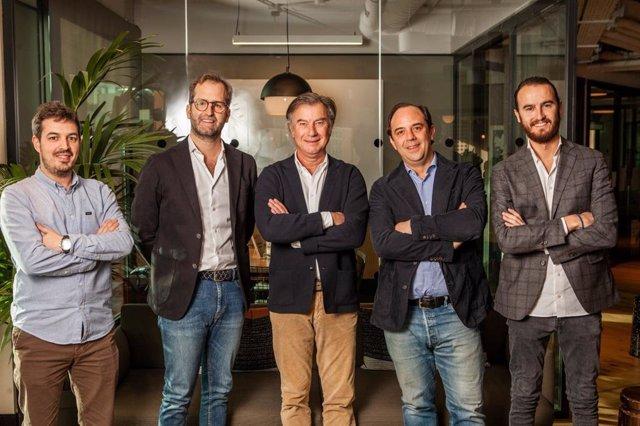 Equipo de 'startup' Wecity, liderada por Rafael Merry de Val (en el centro).