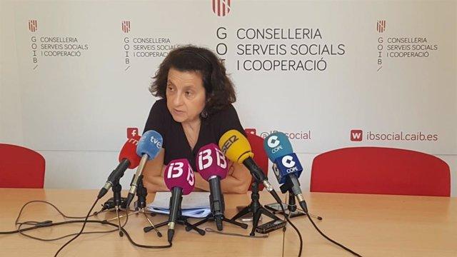 Fina Santiago en rueda de prensa