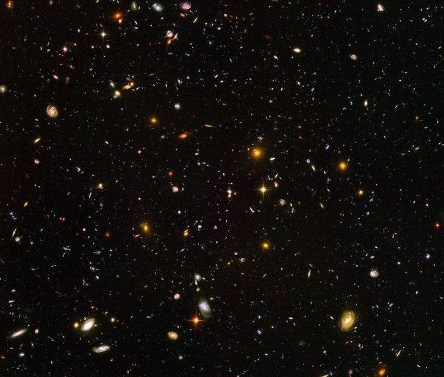 Un cálculo sobre megamásares reduce de la edad del Universo