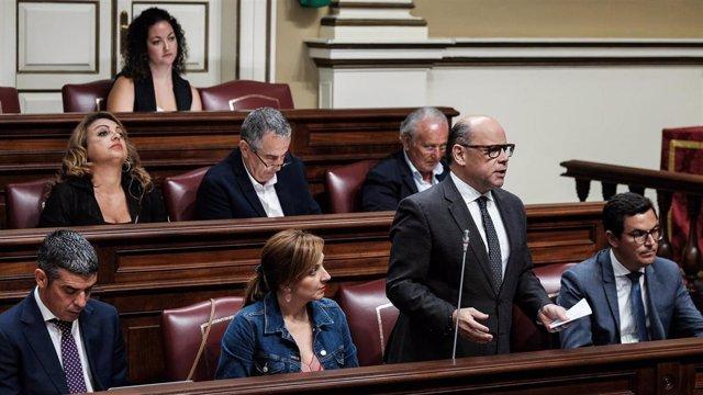 El portavoz del Grupo Nacionalista, José Miguel Barragán, en el Pleno del Parlamento