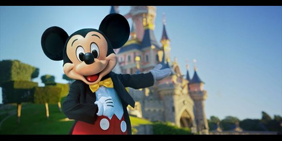 1. Disneyland Paris comienza su reapertura escalonada