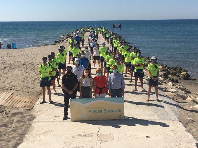 Navarro y Mula presentan el plan de playas seguras en Fuengirola