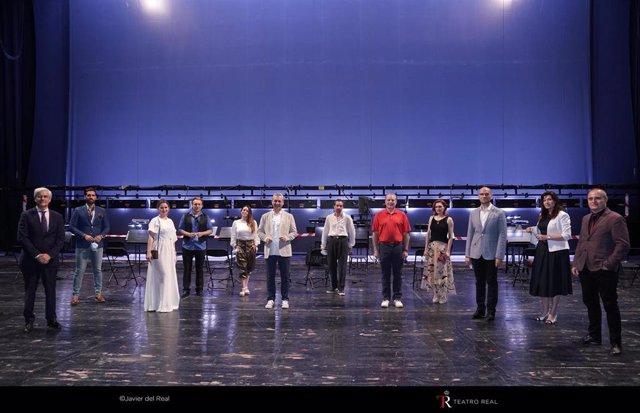 Presentación de La Traviata, en el Teatro Real, a 22 de junio