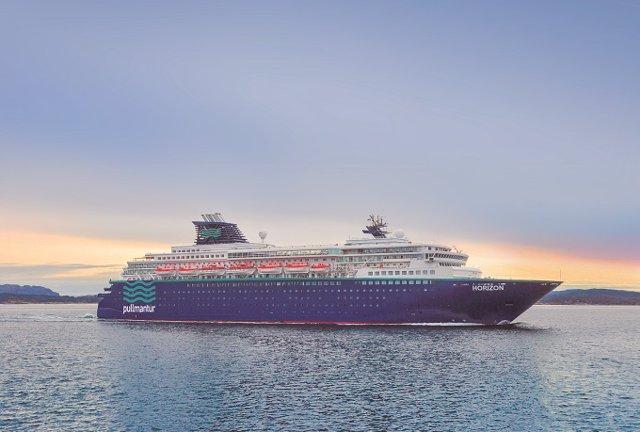 Crucero Horizon navegando