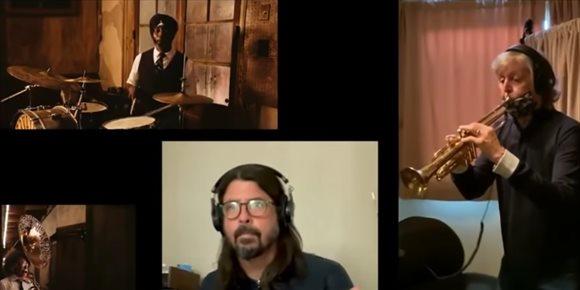 4. VÍDEO: Paul McCartney y Dave Grohl lideran un súper grupo para versionar 'When the saints go marching in'
