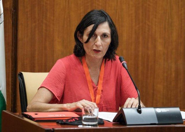 Eva Babiano en la comisión de recuperación ante el Covid del Parlamento andaluz