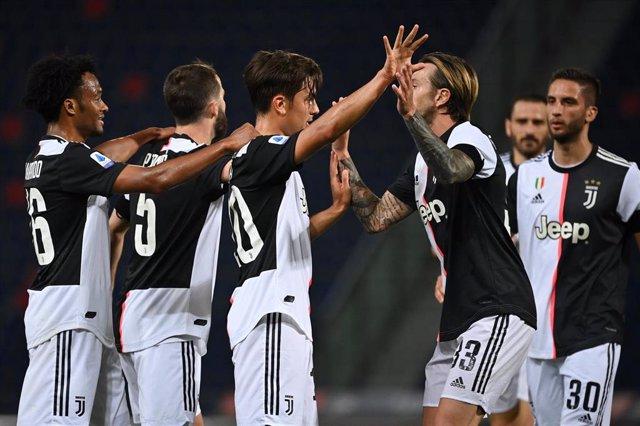 Paulo Dybala celebra su gol en el Bolonia-Juventus