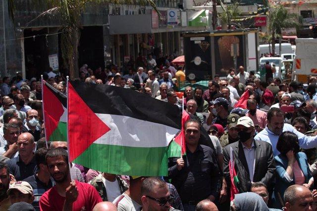 Banderas palestinas durante una manifestación