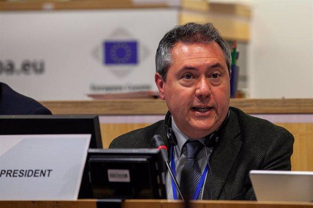 El alcalde de Sevilla, el socialista Juan Espadas, interviene en la reunión de la comisión CIVEX en Bruselas (Bélgica), 27 de febrero de 2020.