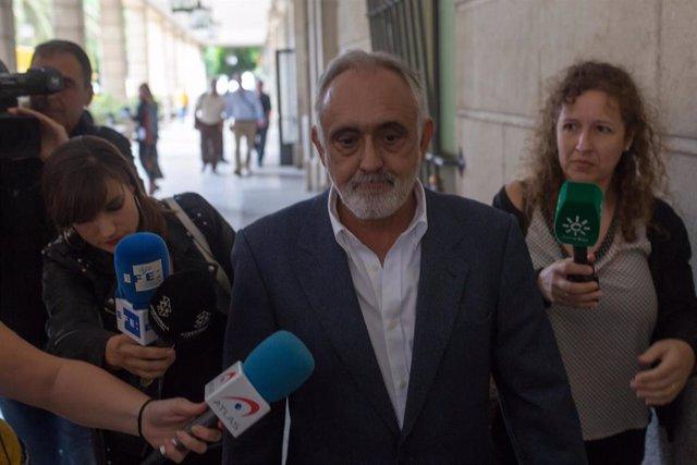 El exdirector de la extinta Fundación Andaluza Fondo de Formación y Empleo (Faffe), Fernando Villén. En una imagen de archivo en la Audiencia Provincial.