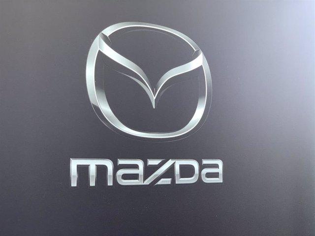 Logotipo de Mazda.