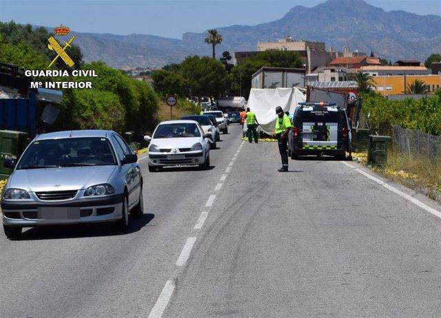 La Guardia Civil investiga al conductor de un vehículo articulado de 40 toneladas por quintuplicar la tasa de alcoholemia