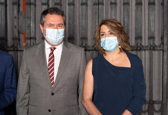 Lasecretaria general del PSOEde Andalucía,SusanaDíaz junto al alcalde de Sevilla, Juan Espadas, este martes