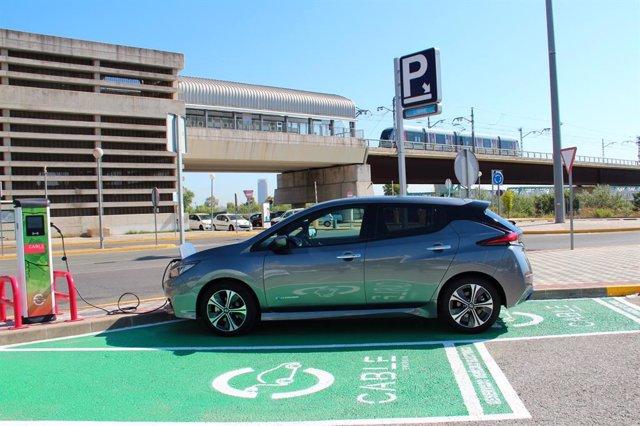 Cargador para vehículos eléctricos.
