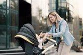 Foto: El paseo diario con nuestro bebé al que no debemos renunciar