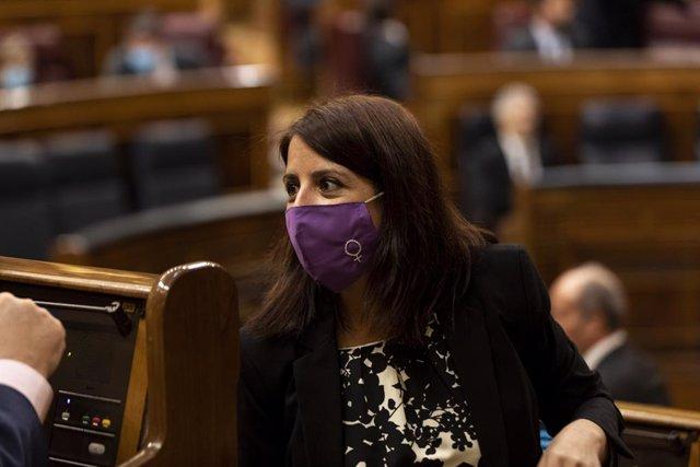 La portavoz del Partido Socialista, Adriana Lastra, durante la sesión de control al Gobierno, en Madrid, (España), a 3 de junio de 2020.