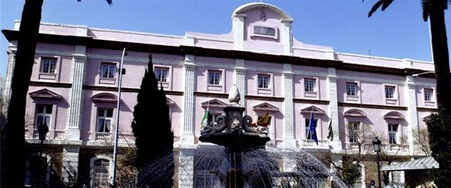 Fachada de la Diputación de Cádiz