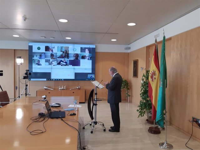 El presidente de la Diputación de Sevilla, Fernando Rodríguez Villalobos, en una imagen de archivo
