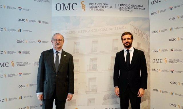 El presidente del PP, Pablo Casado, se reúne con el presidente de la Organización Médico Colegial (OMC), Serafín Romero. En Madrid, a 23 de junio de 2020.
