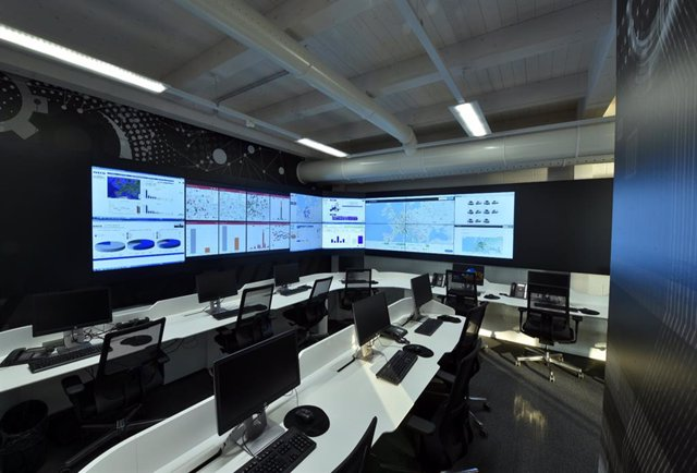 Imagen de la sala de monitoreo.
