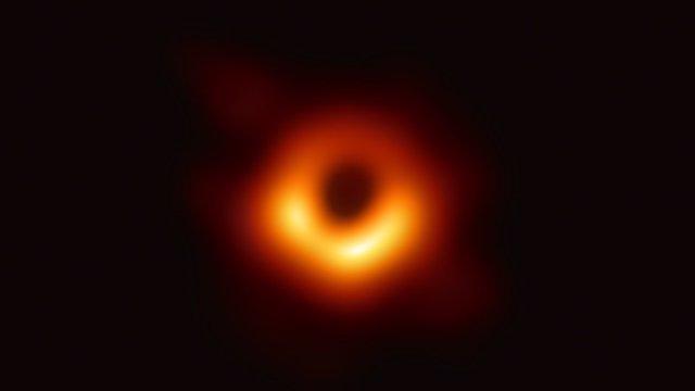 La icónica imagen de Messier 87