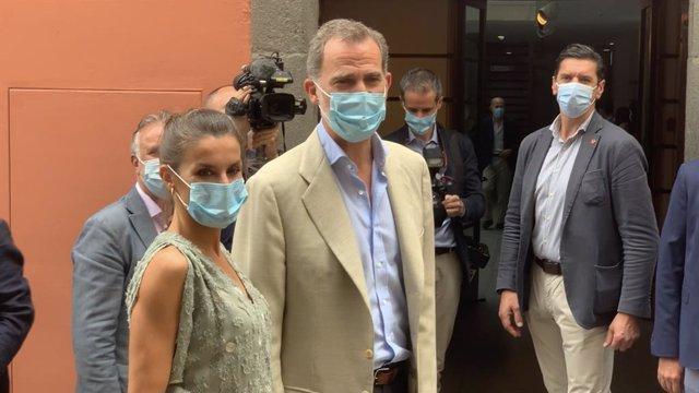 """VÍDEO: Los Reyes llegan a Gran Canaria para lanzar el mensaje de que """"ya se pued"""