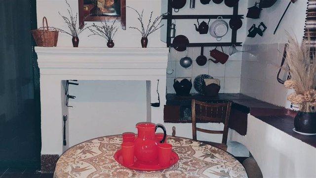 Juego de jarra y vasos cedidos a la Casa Museo Federico García Lorca