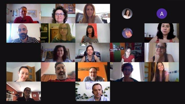 Videoconferencia de representantes de la Fundación Santa María la Real, Telefónica e Ildefe con los participantes en la Lanzadera Conecta Empleo