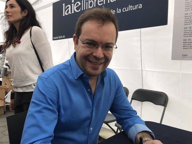 El escritor Javier Sierra