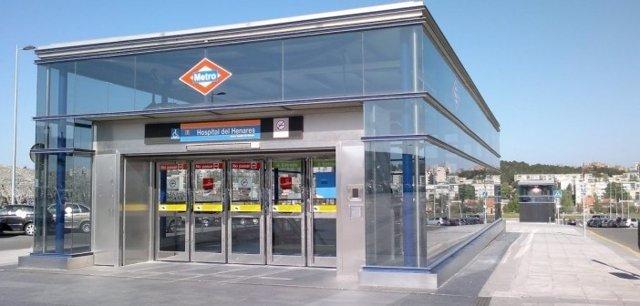 Imagen de la estación Hospital del Henares de la línea 7b de Metro.