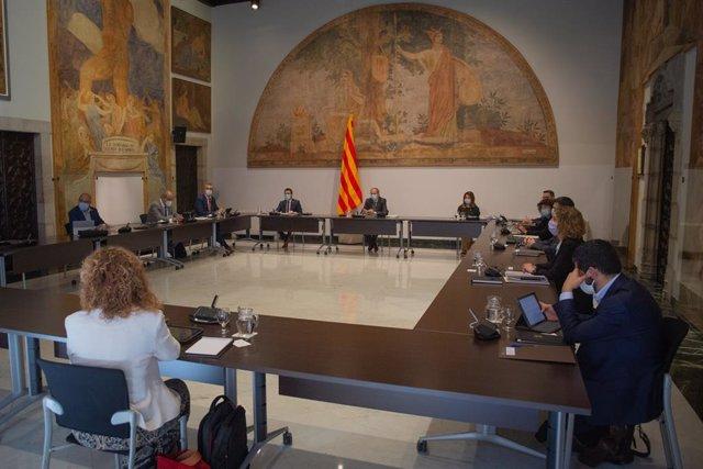El president de la Generalitat, Quim Torra, presideix el primer Consell Executiu presencial després del confinament, en el Palau de la Generalitat. A Barcelona, Catalunya (Espanya), a 9 de juny de 2020.
