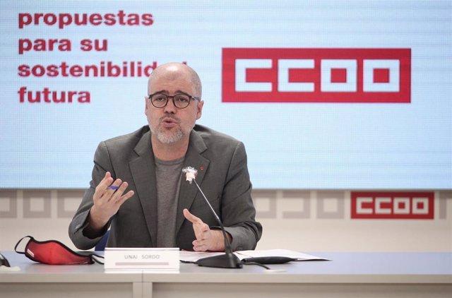 El secretario general de CCOO, Unai Sordo, durante la presentación del informe Turismo 20.20, en Madrid (España), a 15 de junio de 2020.