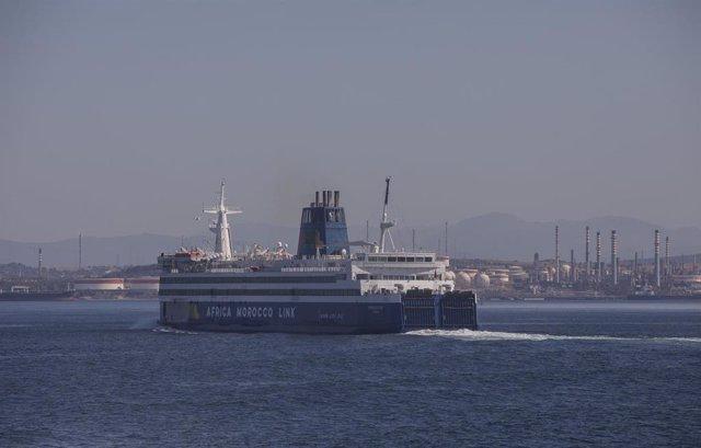 Embarcación desde una naviera de la compañía FRS.Tras la reanudación de la ruta Algeciras-Ceuta, una vez restablecida la circulación en todo el territorio nacional tras el fin del Estado de Alarma. Cádiz, (Andalucía, España), a 22 de junio de 2020.