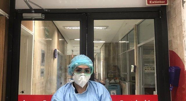 Una trabajadora sanitaria en un hospital de México durante la pandemia del coronavirus.