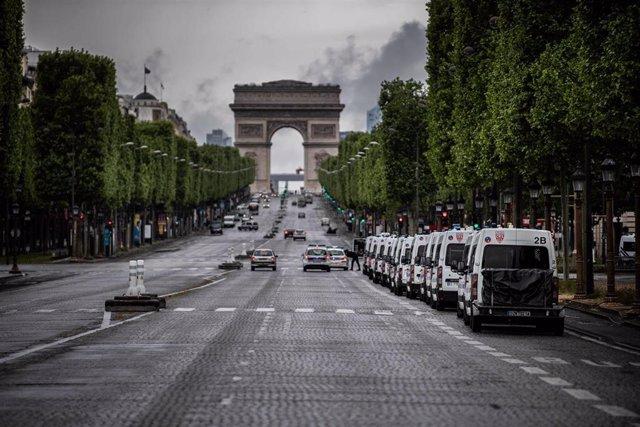 La Policía de París durante el Día de los Trabajadores.