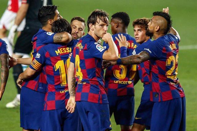 Ivan Rakitic celebra su gol con el FC Barcelona ante el Athletic Club
