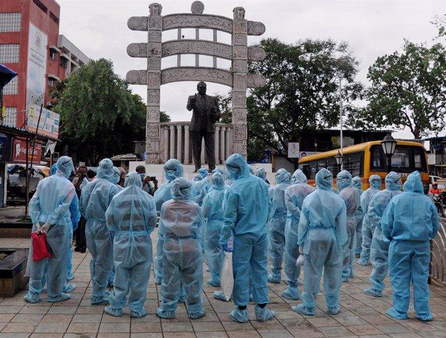 Coronavirus.- India vuelve a batir su récord de contagios y supera los 450.000 c