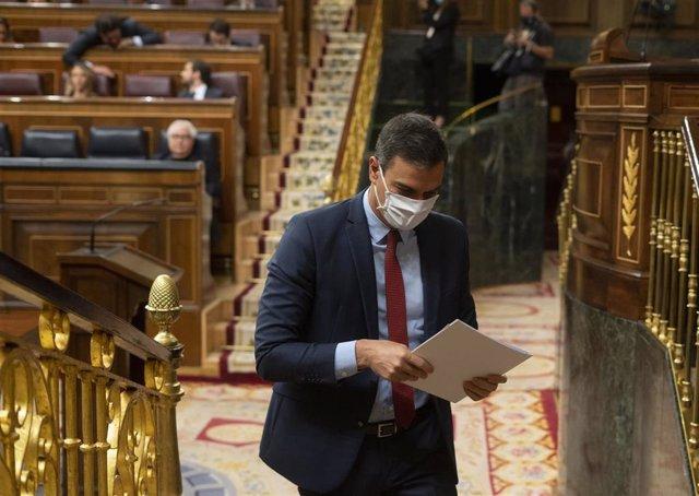 El presidente del Gobierno, Pedro Sánchez, en el Congreso durante el Pleno en que se ha discutido sobre la nueva Ley de Educación y los nuevos plazos de la Ley de Enjuiciamiento, en Madrid (España), a 17 de junio de 2020.