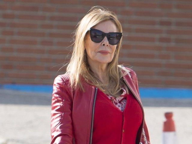 Ana Obregón, durante uno de los ingresos hospitalarios de su hijo Alex en el hospital Ruber Internacional