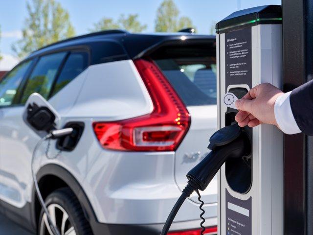 Recarga de vehículo eléctrico de Volvo